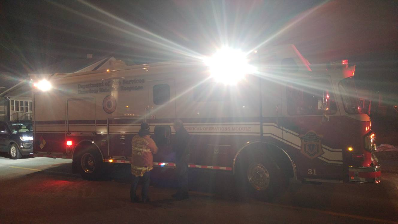 HazMat crews test for gas in Auburn