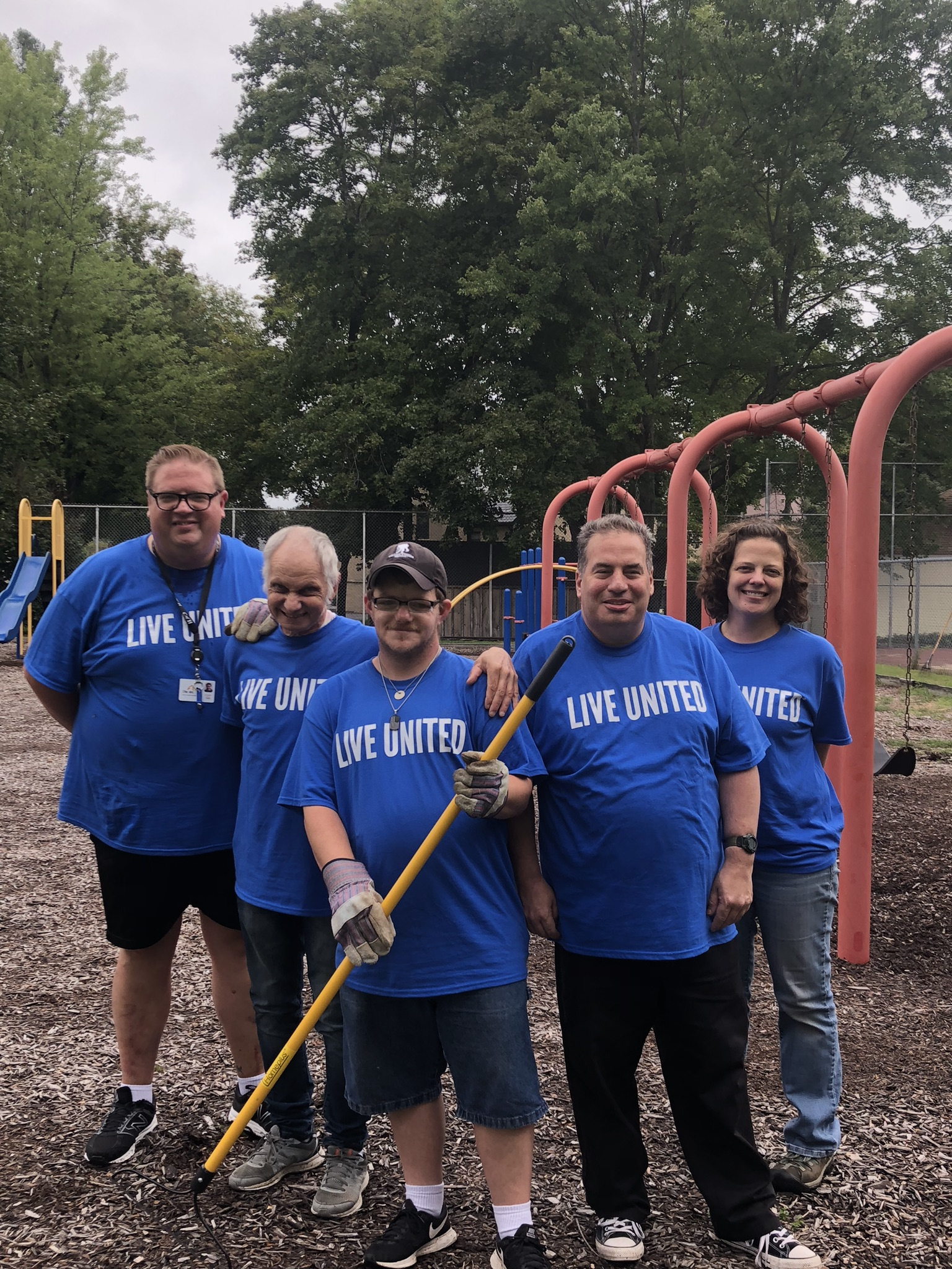 United Way Coordinates Local Volunteers for Day of Caring