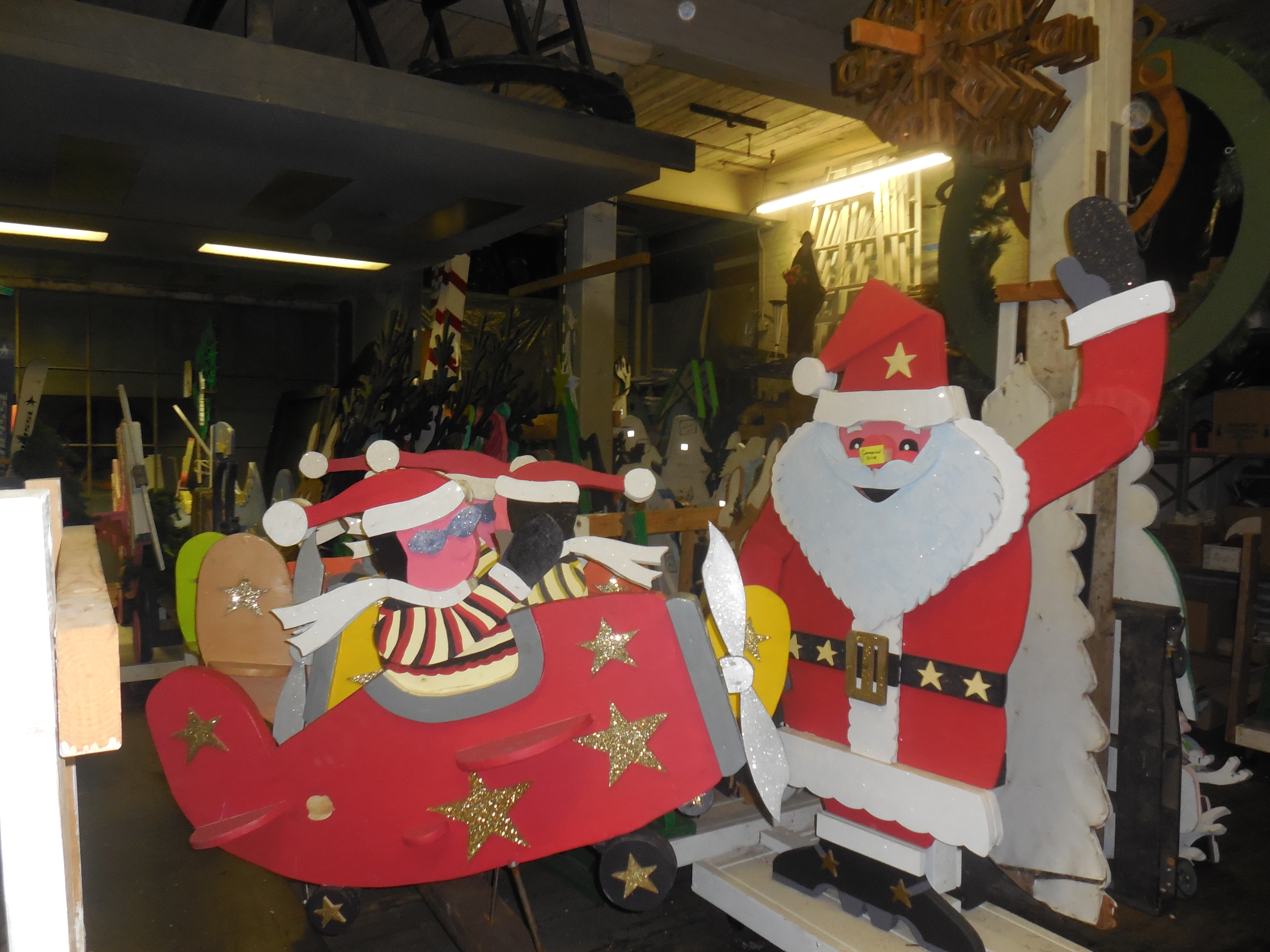 Southbridge Holiday Visions Seeks Volunteers for Decorating