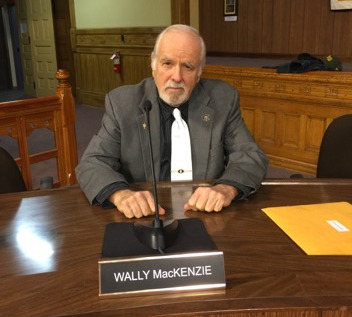 Town Councilor Wally MacKenzie to Resign Tonight
