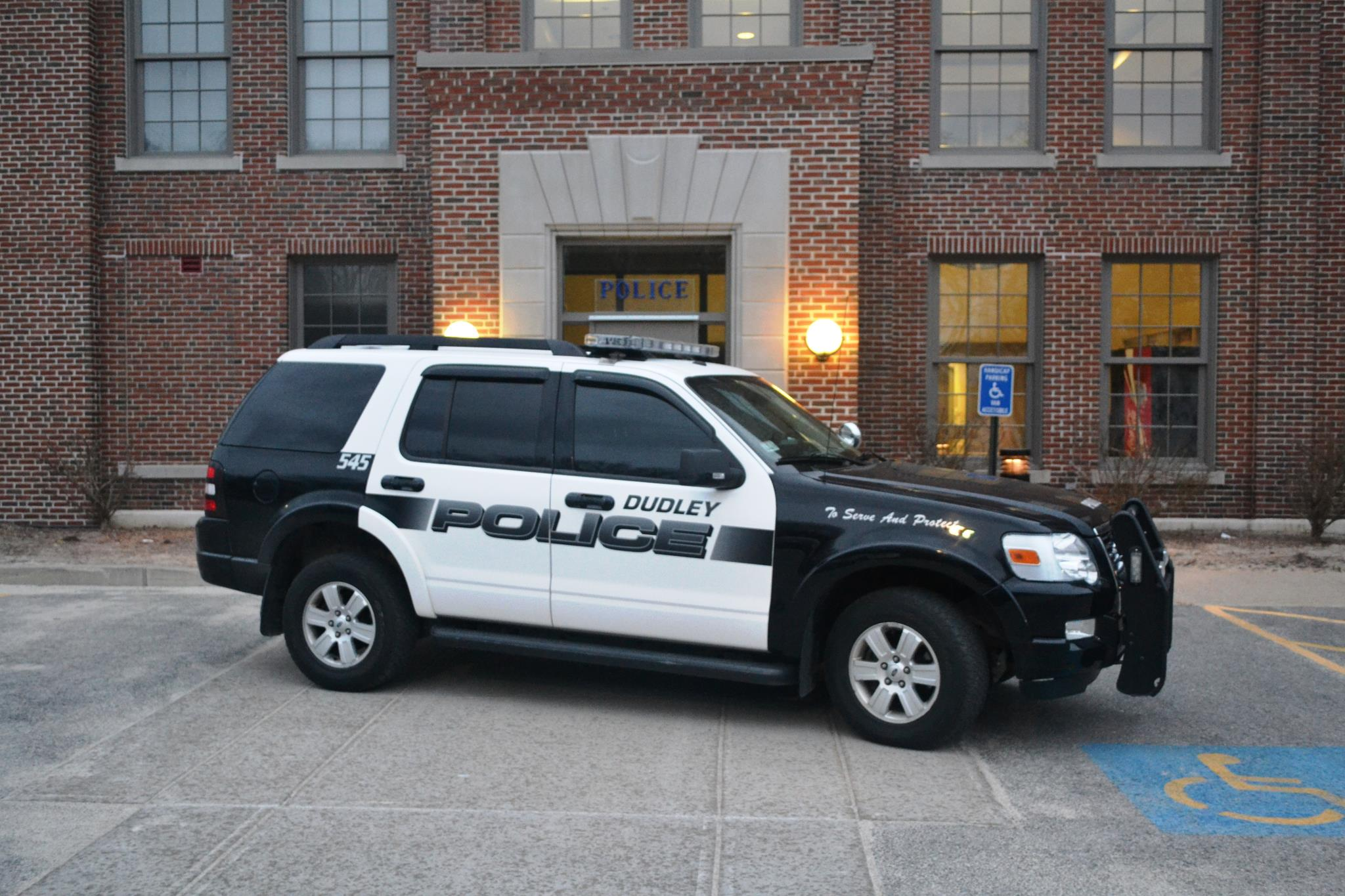 Dudley District Court briefly shuttered after bomb threat