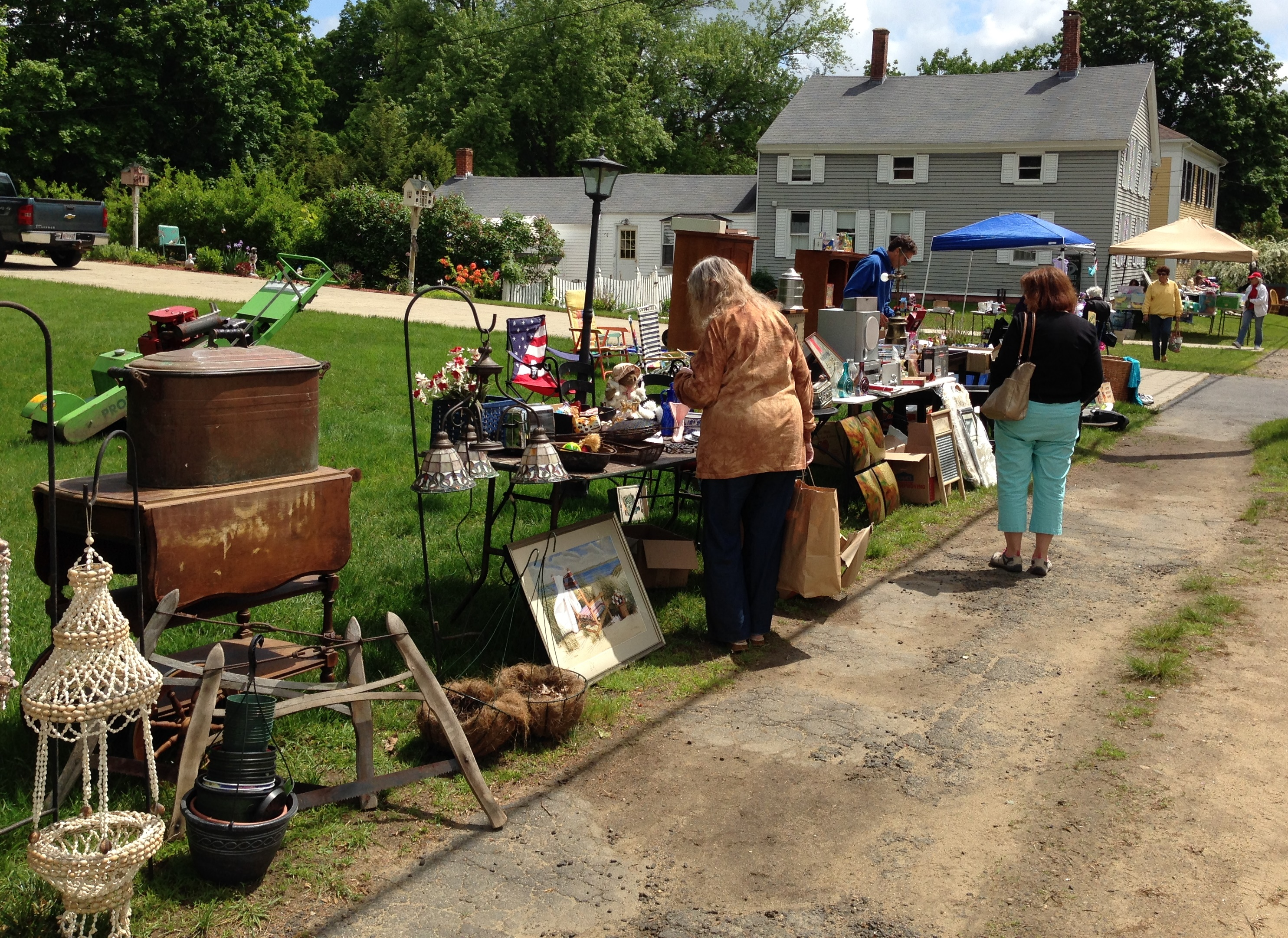 Brimfield Town Wide Tag Sale slated for May 19