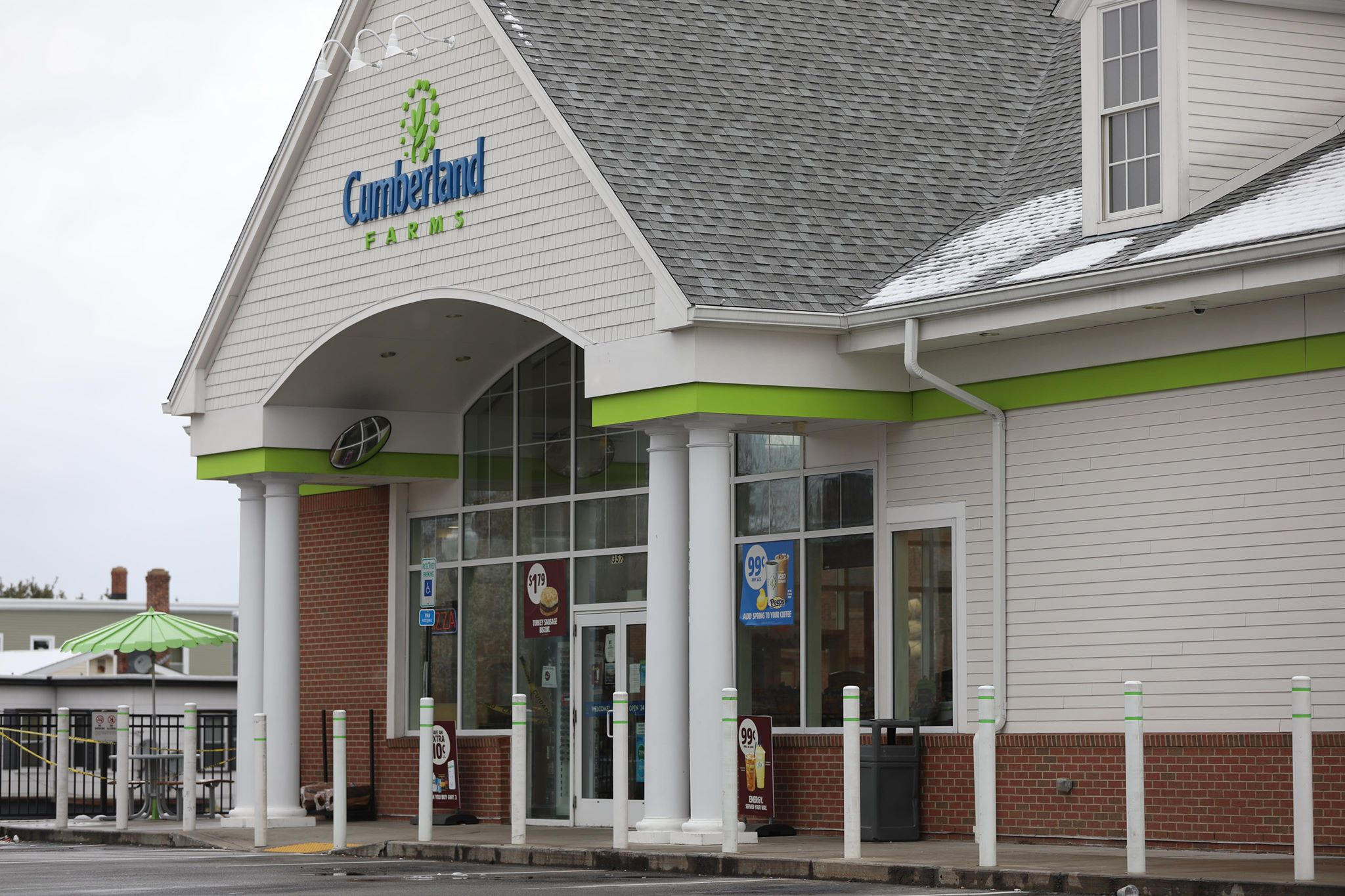 Southbridge Cumberland Farms employee tests positive for COVID-19